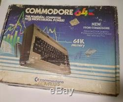 COMMODORE 64 Computer VINTAGE VIDEO GAME COMPLETE With ORIGINAL BOX TESTED