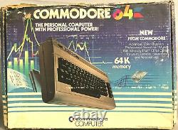 Commodore 64 tested/works withoriginal box/cords/book/warranty SN P0075090 NICE
