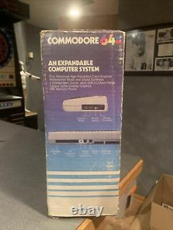 Commodore 64 tested/works withoriginal box/power cord/ Manuals/ SN P0075090 NICE
